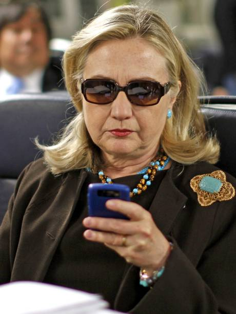 hillary-with-phone